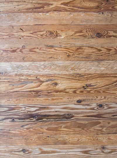 Familienwohnung Holzmuster