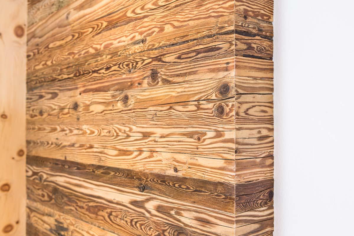 Familienwohnung Holzverkleidung