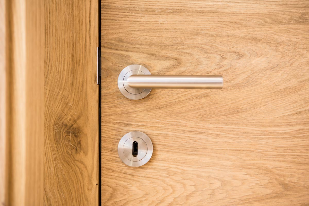 Innovative Charakterwohnung Tür