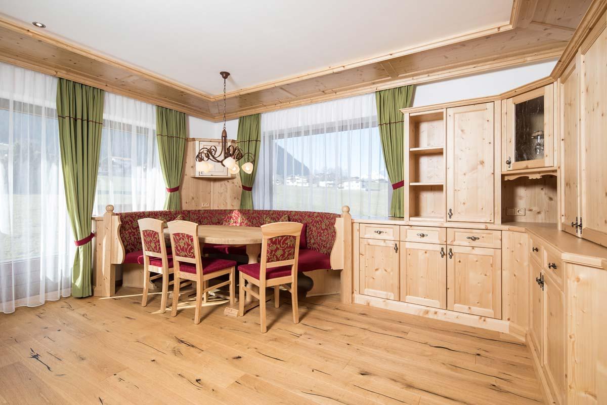 Wohnhaus Holzstube
